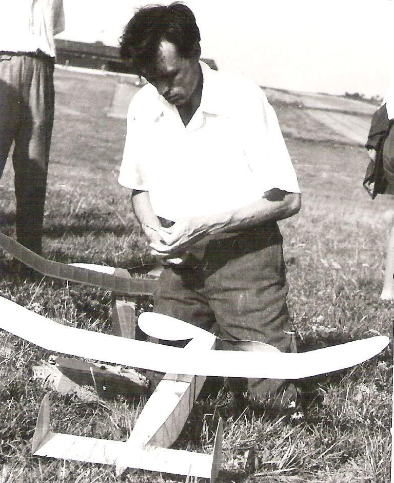JJ-45 a Jaromír Jančařík - Medlánky 1946